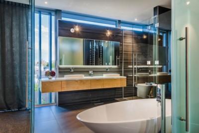 High end bathroom photography