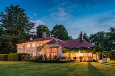 Christchurch home restoration photographed by Award winning architectural photographer, Anthony Turnham